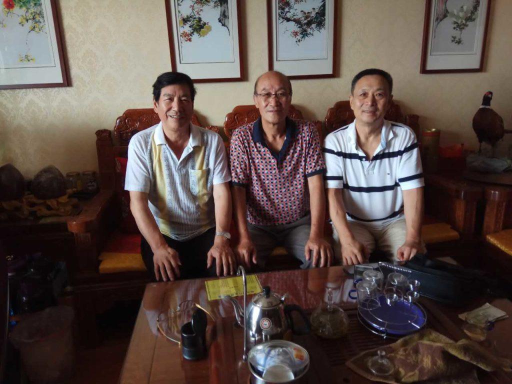 Professor Ted Gulong visited Grandmaster Mei Huizhi, who was the coach of MMA fighter Xu Xiaodong.